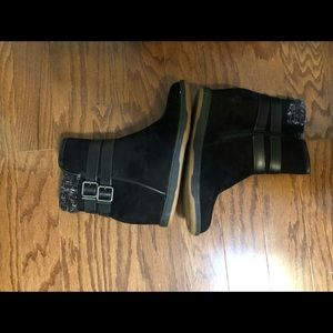 """Shoes - Boots with hidden heel ( approx 2"""")"""